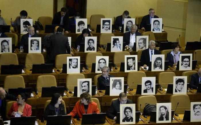 Columna en El Mostrador: «Por una política pública de memoria»